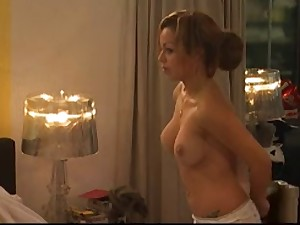 Amanda Topless Massage on Daybed in DGK ( DeGoudenKooiNL )