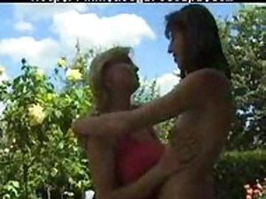 French Older Fisting homosexual woman lassie on lassie lesbos